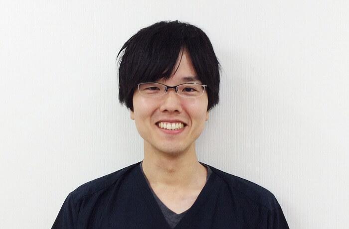 矯正歯科医師 岡本 雅文